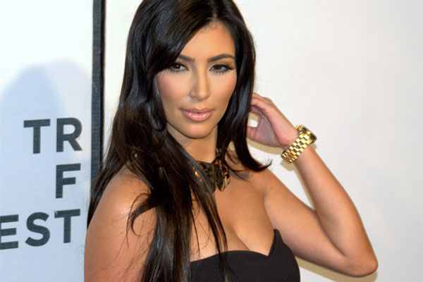 You are currently viewing Kim Kardashian confesses to embarrassing clogged toilet story
